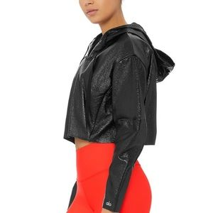 NWOT Alo Yoga Glaze Faux Leather Crop Jacket M